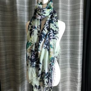 Skull and floral print rectangle scarf